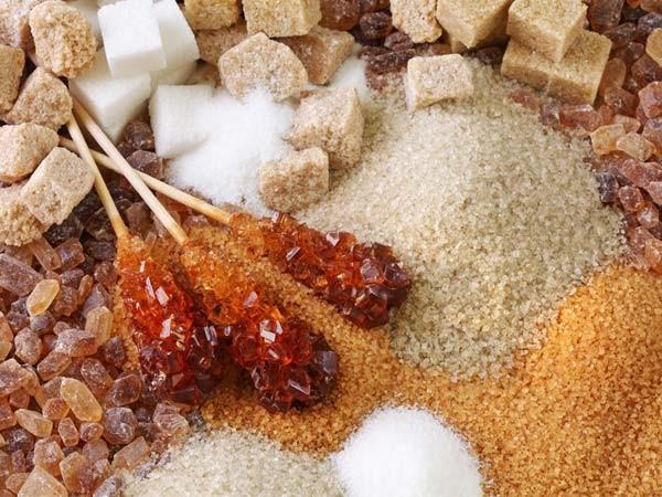 Thực phẩm chứa nhiều đường gây ù tai, đau đầu