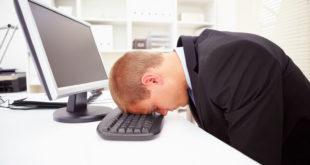 Làm việc văn phòng Những người có nguy cơ mắc bệnh rối loạn tiền đình