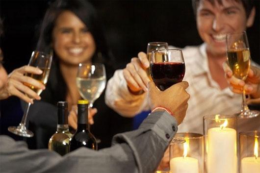 hạn chế uống rượu bia, cẩn thận rối loạn tiền đình