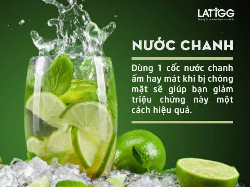 nuoc-chanh-chua-dau-dau-buon-non