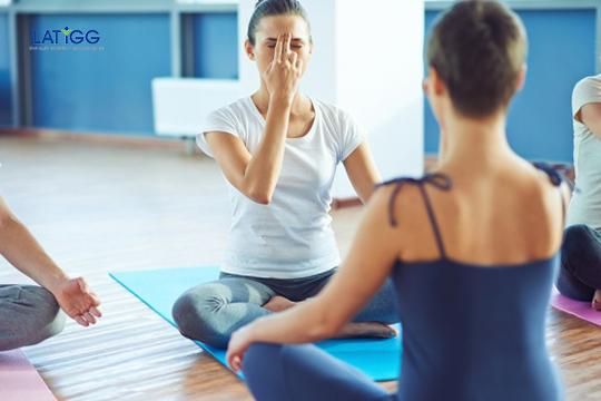 Yoga cho người rối loạn tiền đình Bài tập Yoga cho người rối loạn tiền đình