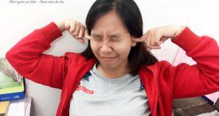 lỗ tai bị lùng bùng Lỗ tai bị lùng bùng là bệnh gì và cách điều trị như thế nào?